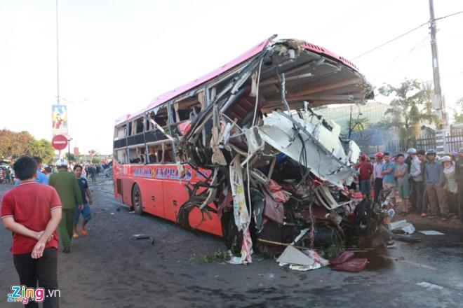 Vụ tai nạn 13 người chết: Chuyến hồi hương định mệnh của người xa quê - Ảnh 1