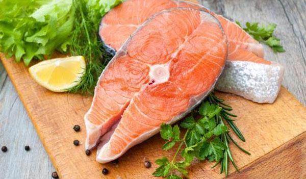 Những người tuyệt đối không được ăn cá nếu không muốn tổn hại sức khỏe - Ảnh 1