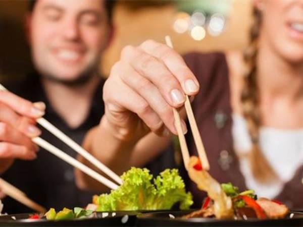 Cách ăn khiến bệnh ung thư tăng vọt hơn 80% người Việt mắc - Ảnh 1