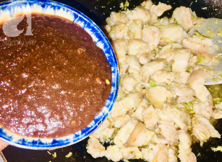 Cách làm thịt kho mắm ruốc đậm đà ngon cơm - Ảnh 3