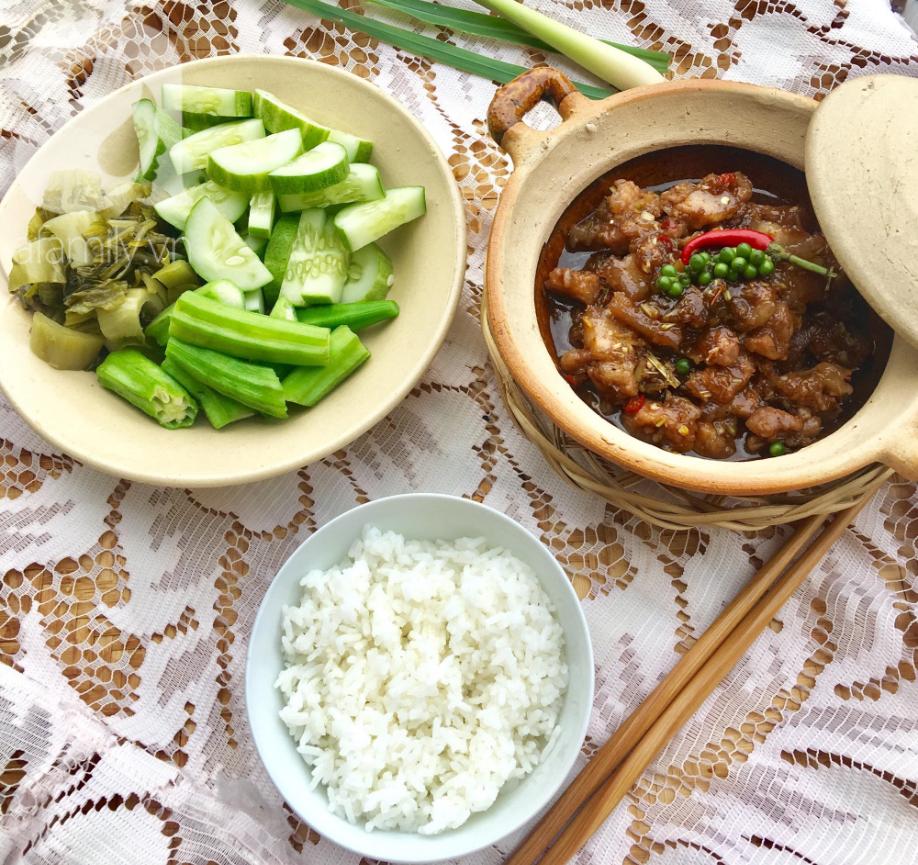 Cách làm thịt kho mắm ruốc đậm đà ngon cơm - Ảnh 6