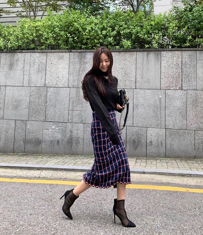 Ngắm ngay street style Châu Á tuần này để lên đồ cho mùa Thu/Đông năm nay - Ảnh 4