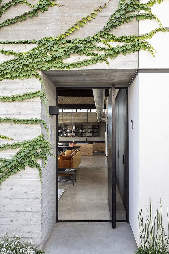 Ngôi nhà nằm giữa vùng quê yên bình với nét thiết kế cởi mở và hiện đại - Ảnh 11