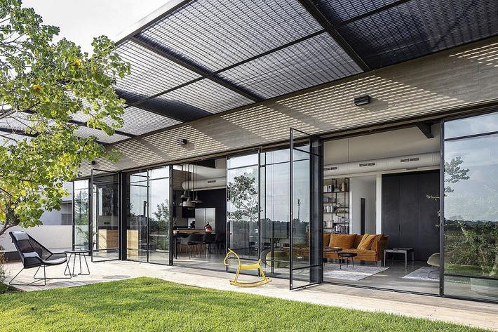 Ngôi nhà nằm giữa vùng quê yên bình với nét thiết kế cởi mở và hiện đại - Ảnh 9