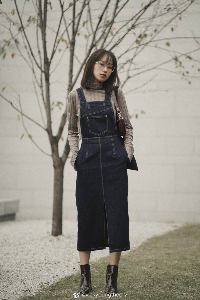 Thêm đất diễn cho 3 kiểu áo len trơn màu: Đơn giản thế nào cũng có cách làm cho chúng khác biệt - Ảnh 6