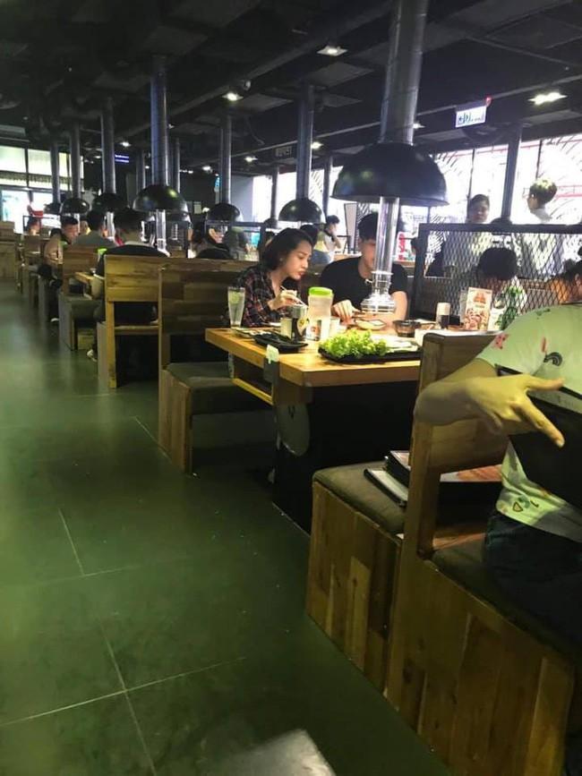 Rò rỉ hình ảnh được cho là Bảo Anh và Hồ Quang Hiếu đi ăn cùng nhau sau hơn 1 năm chia tay - Ảnh 1