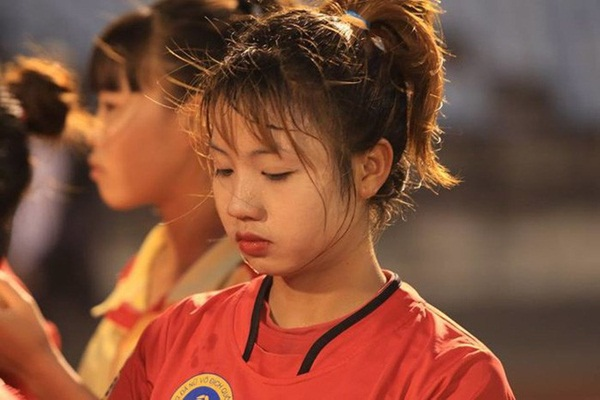 3 cầu thủ bóng đá nữ Việt Nam có nhan sắc không thua kém hotgirl - Ảnh 9