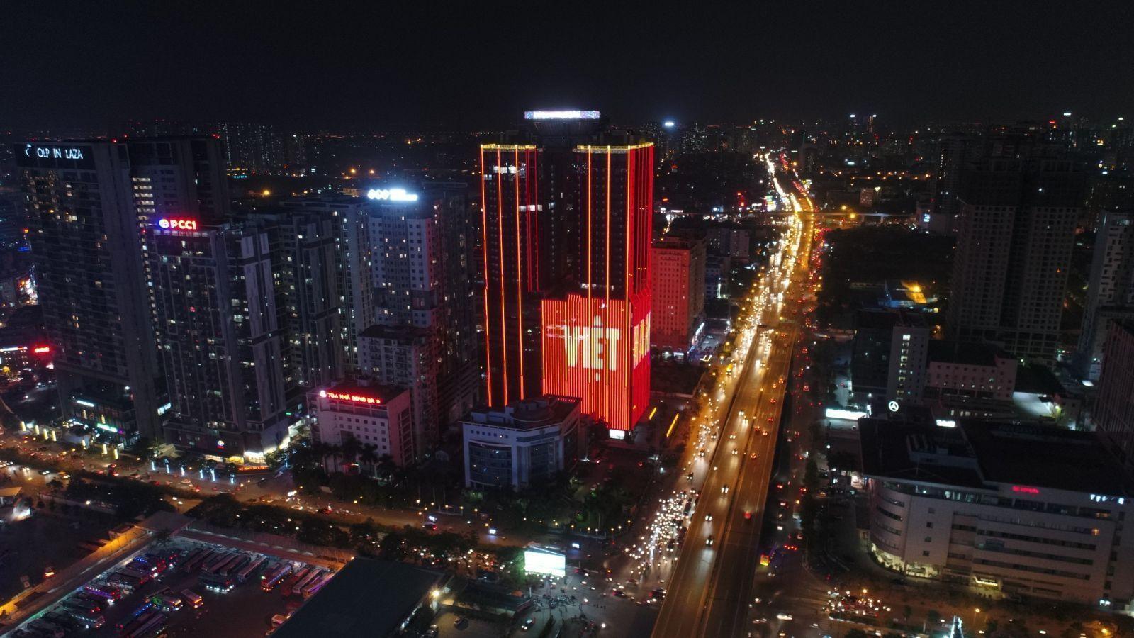 """Sunshine Group chúc mừng Việt Nam vô địch theo một cách rất """"chất chơi"""" - Ảnh 11"""