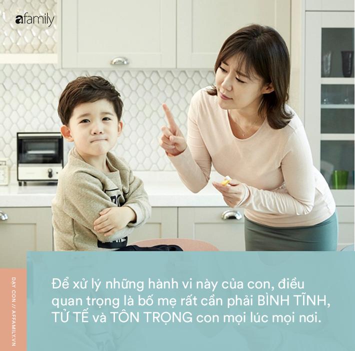Parent coach Linh Phan: 'Hãy chỉ cho tôi một em bé chưa từng cắn, đánh hay ném đồ, tôi sẽ chỉ cho bạn một con lợn biết bay' - Ảnh 2