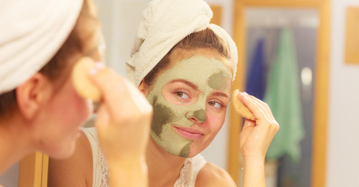 Dù chăm dưỡng da đều đặn hàng ngày nhưng làn da mãi vẫn chẳng đẹp thì có thể là do các nguyên nhân sau - Ảnh 1