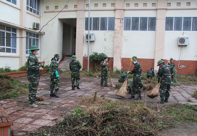 Vĩnh Phúc huy động lực lượng lắp đặt Bệnh viện dã chiến 300 giường đối phó virus Corona - Ảnh 2