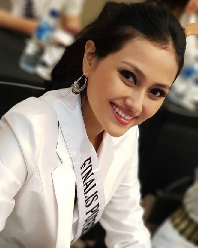 Nhan sắc rực rỡ của 3 cô gái vừa trở thành hoa hậu ở Indonesia - Ảnh 8