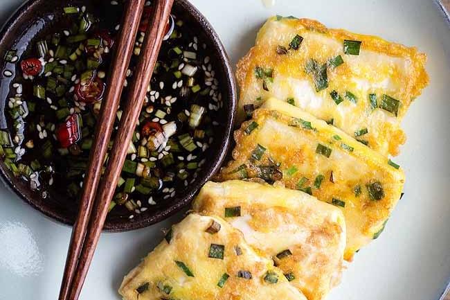 Thổi bay nồi cơm với món đậu phụ chiên trứng vừa giòn vừa mềm mịn - Ảnh 4