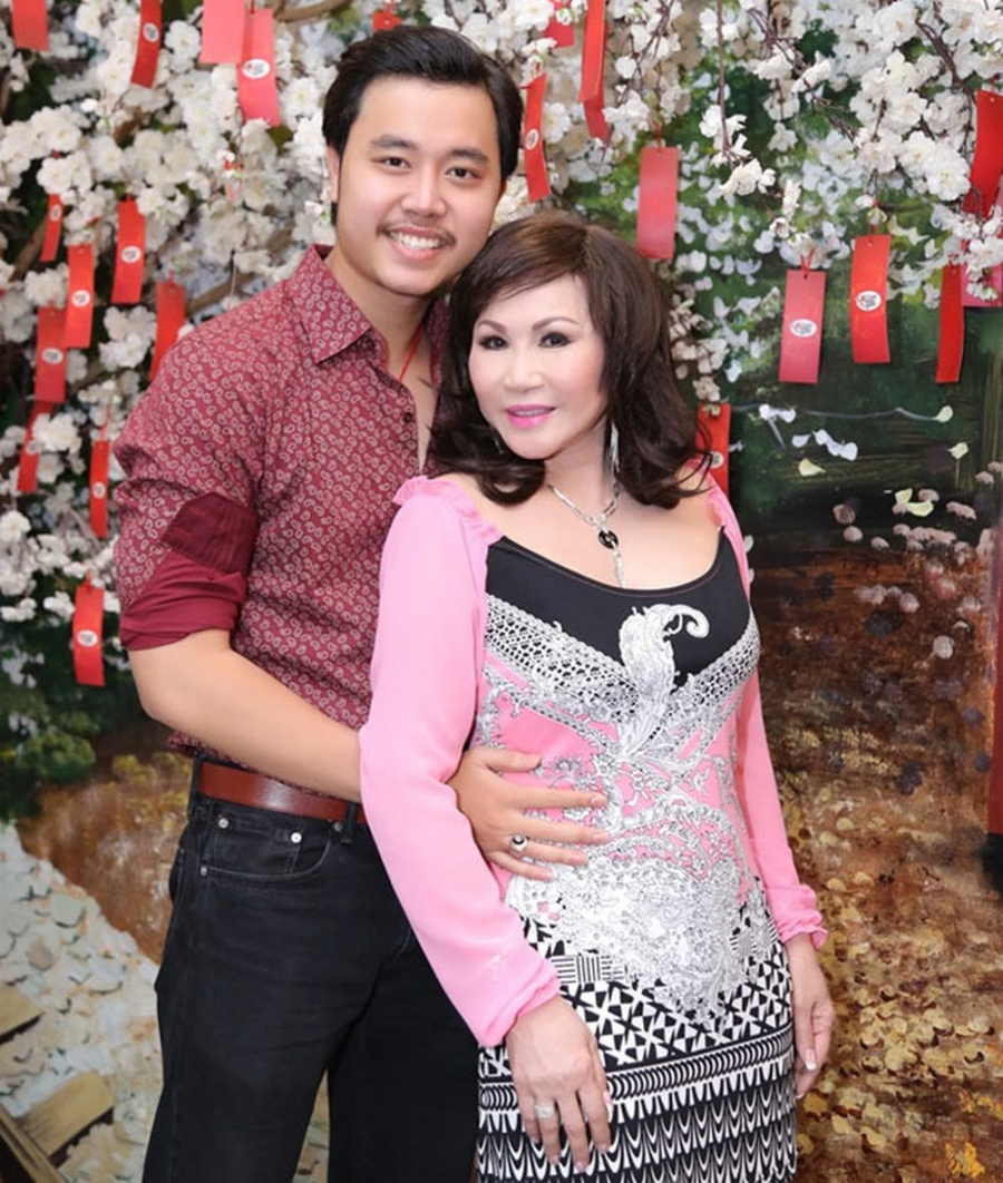 Hạ màn bản hợp đồng yêu, lộ quan hệ tình cảm thật của Vũ Hoàng Việt và bạn gái tỷ phú U60 - Ảnh 2