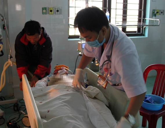 Kinh hoàng xe cấp cứu gặp tai nạn liên hoàn, bệnh nhân và hai người tử vong thương tâm - Ảnh 2