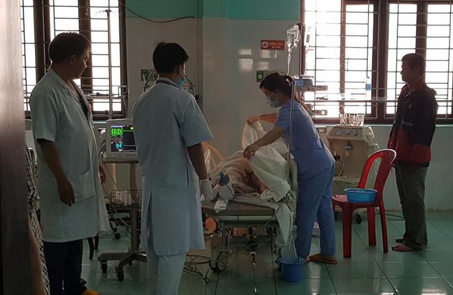 Kinh hoàng xe cấp cứu gặp tai nạn liên hoàn, bệnh nhân và hai người tử vong thương tâm - Ảnh 3