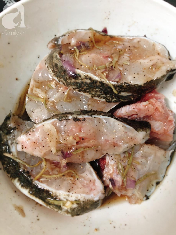 Tranh thủ trời se lạnh, làm ngay nồi cá kho tộ ăn cơm siêu ngon thôi các mẹ ơi - Ảnh 3