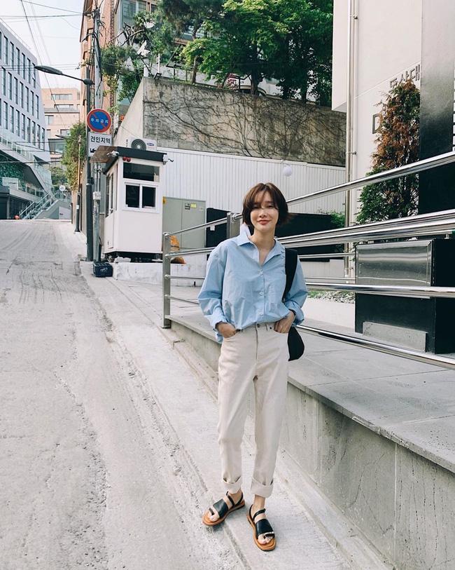 Cá là bạn không chỉ học được cách mix đồ mà còn tiện học được cả cách pose dáng ảo diệu từ street style Châu Á - Ảnh 2