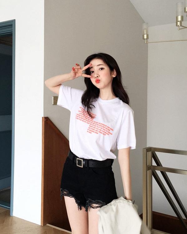 10 gợi ý diện áo phông trắng cực chất, mặc hoài không biết chán - Ảnh 5