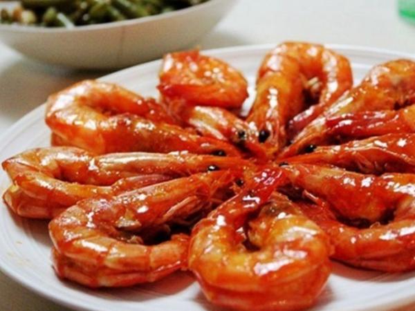 Cách làm món tôm rim nước dừa thịt ngọt, béo ngậy vô cùng hấp dẫn - Ảnh 3