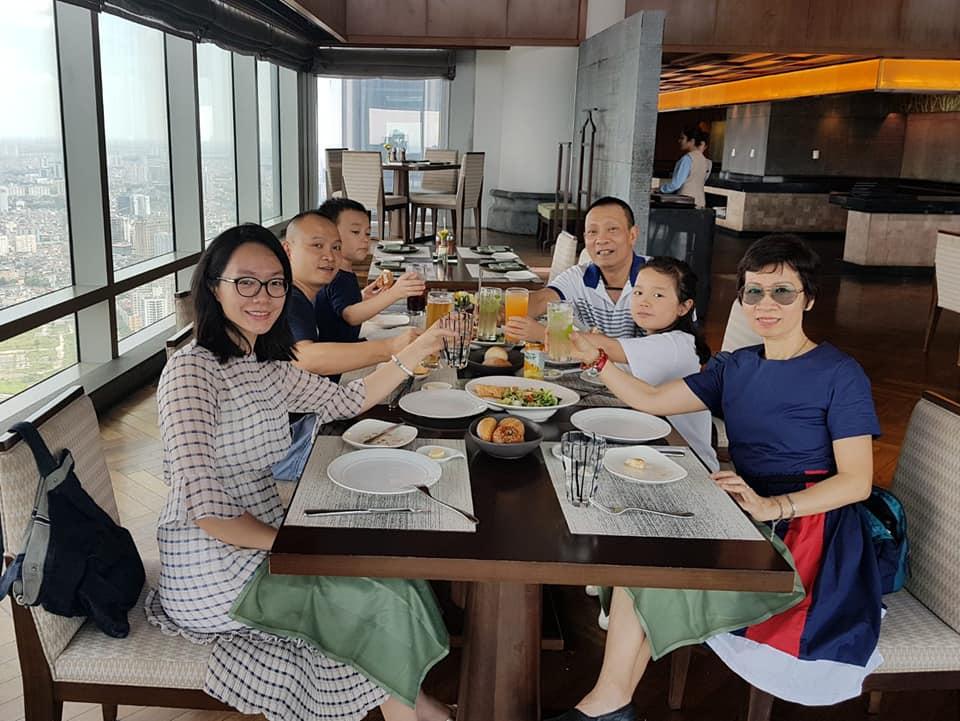 Cuộc sống viên mãn của MC Lại Văn Sâm bên vợ con và các cháu ở tuổi 62 khiến nhiều người trầm trồ - Ảnh 1