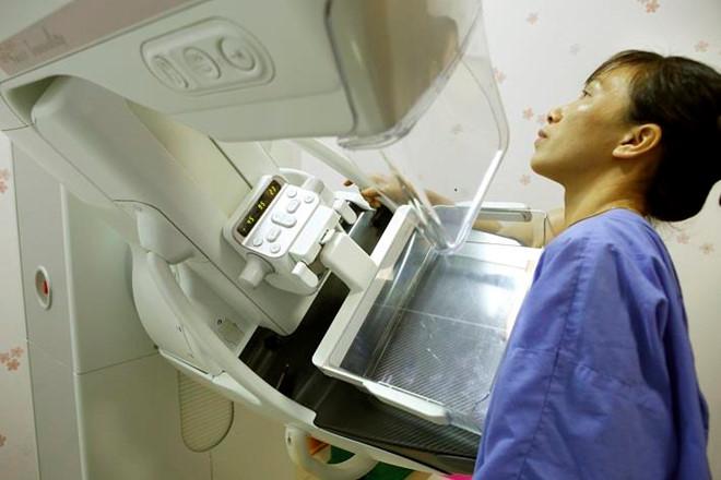 Cô gái 29 tuổi chưa chồng sốc khi phát hiện mắc ung thư vú - Ảnh 2