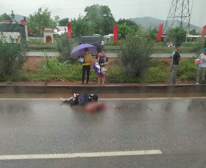 Tai nạn thương tâm ở Bắc Giang người phụ nữ bị xe tải tông chết | Phụ Nữ  Sức Khỏe