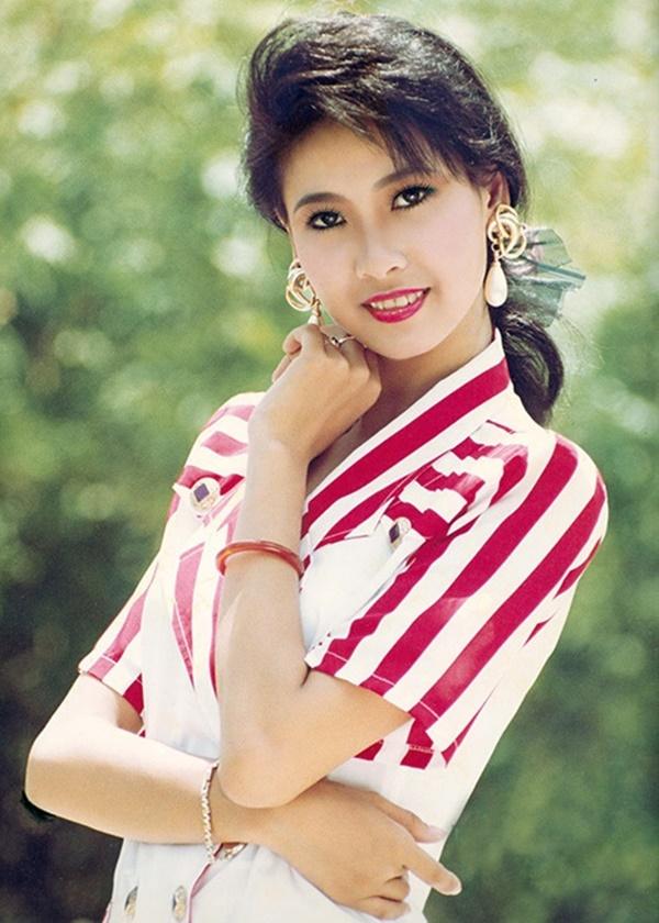 Hoa hậu thứ 3 của Việt Nam: Chỉ hạnh phúc sau loạt truân chuyên tình ái - Ảnh 2