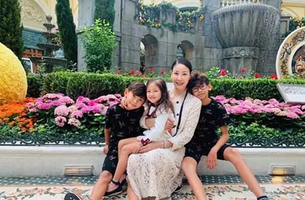 Hoa hậu thứ 3 của Việt Nam: Chỉ hạnh phúc sau loạt truân chuyên tình ái - Ảnh 5