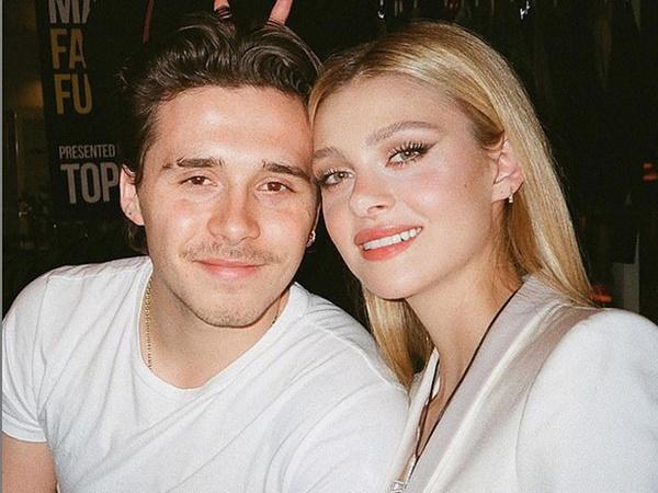 HOT: Brooklyn Beckham đã đính hôn với bạn gái thiên kim tiểu thư hơn 4 tuổi, vợ chồng Beckham nhiệt liệt chúc mừng - Ảnh 2