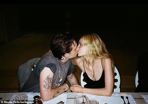 HOT: Brooklyn Beckham đã đính hôn với bạn gái thiên kim tiểu thư hơn 4 tuổi, vợ chồng Beckham nhiệt liệt chúc mừng - Ảnh 3