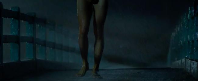 Phim Việt gắn mác 18+ gây sốc với cảnh để diễn viên khỏa thân chạy dưới mưa - Ảnh 2