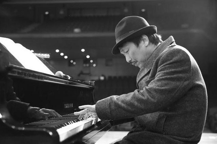 Tình hình sức khỏe nhạc sĩ Phú Quang sau thời gian phải điều trị ở phòng vô trùng - Ảnh 1