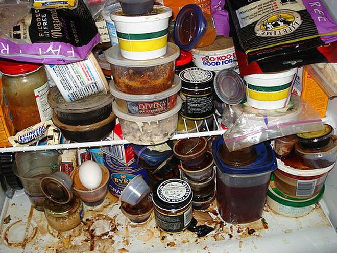 Tủ lạnh là nơi bẩn thứ 2 trong ngôi nhà: 3 loại thực phẩm thà bỏ đi chứ đừng nên cho vào tủ lạnh - Ảnh 1