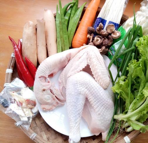 Cách nấu lẩu gà nấm thơm ngon hơn ngoài hàng cho bữa ăn cuối tuần thêm hấp dẫn - Ảnh 2
