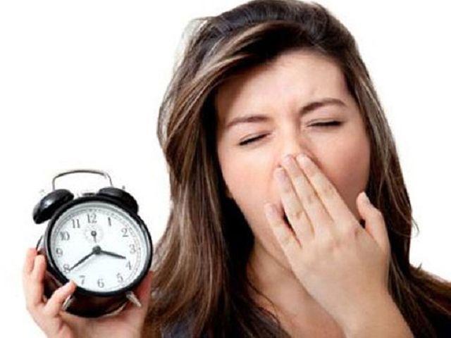 7 thói quen hàng ngày gây hại cho sức khỏe hơn cả hút thuốc lá, rất nhiều người mắc - Ảnh 5
