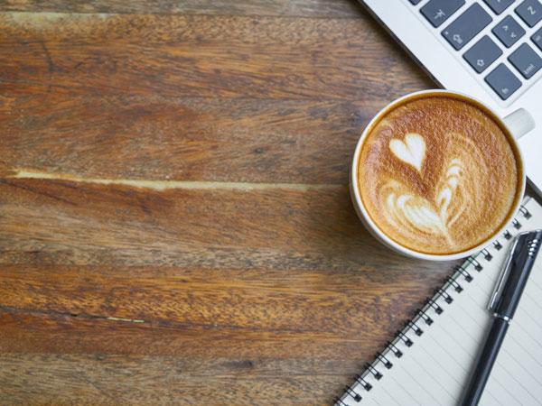 Nghe có vẻ điên rồ nhưng thêm dầu dừa vào cà phê theo cách này để uống, vừa giảm cân nhanh vừa tốt cho sức khỏe - Ảnh 1