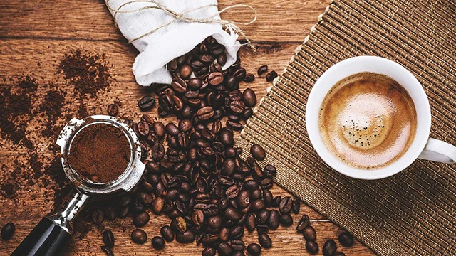 Nghe có vẻ điên rồ nhưng thêm dầu dừa vào cà phê theo cách này để uống, vừa giảm cân nhanh vừa tốt cho sức khỏe - Ảnh 2