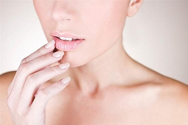 Dấu hiệu của làn da bị thiếu chất - Ảnh 2