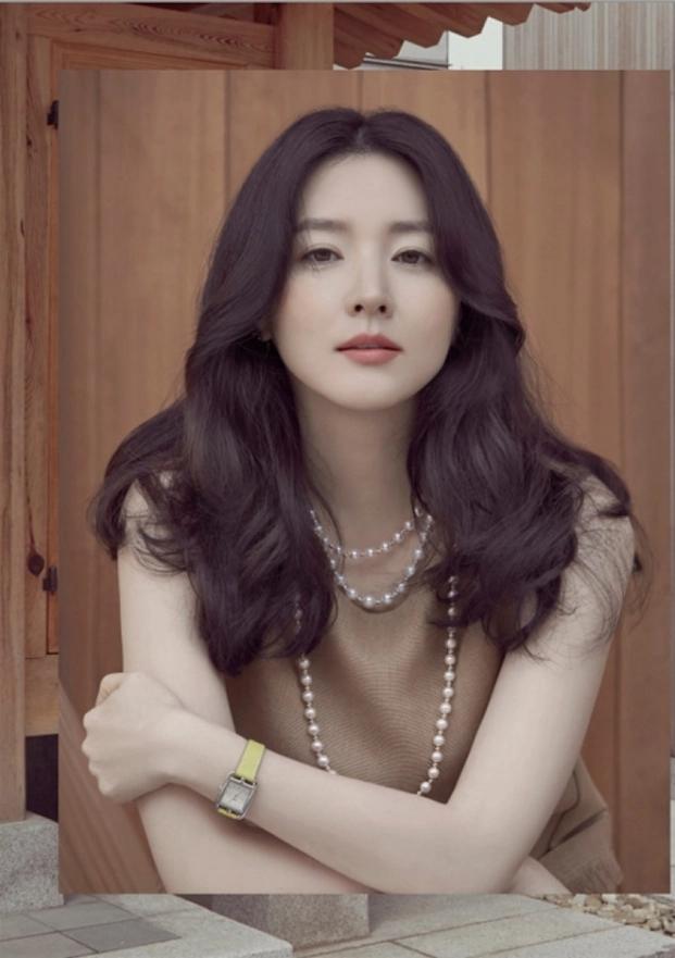 Lee Young Ae tiết lộ bí kíp 'trẻ mãi không già', giữ làn da hoàn hảo ở tuổi 48 - Ảnh 5