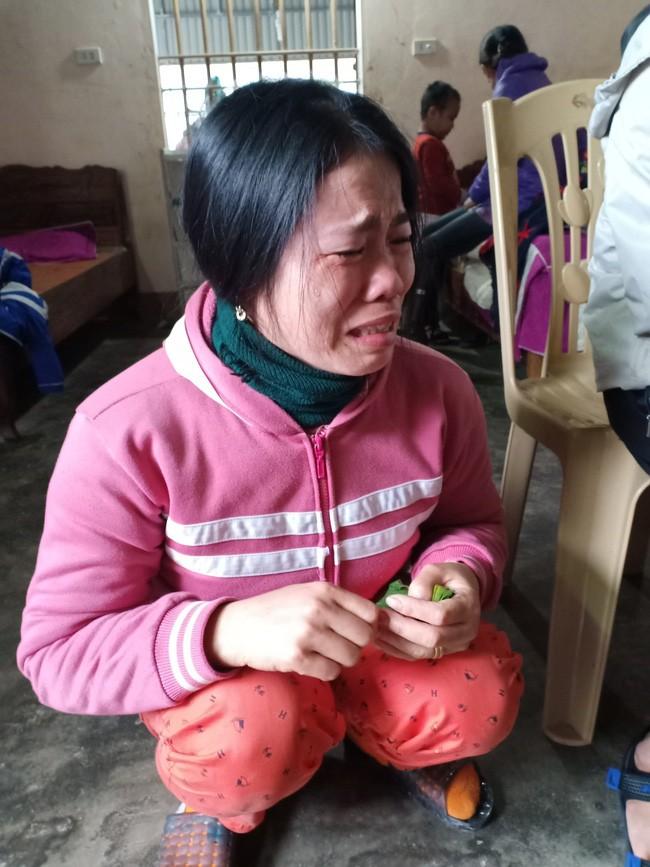 """Câu hỏi của con trai 7 tuổi mắc bệnh ung thư máu khiến người mẹ khóc nghẹn: """"Nếu bán nhà thì mẹ con mình ở đâu hả mẹ?"""" - Ảnh 6"""