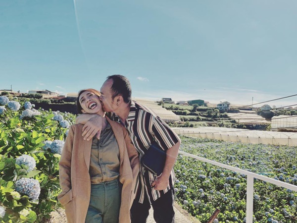 4 gia đình nghệ sĩ hài khiến cả Vbiz ghen tị vì hôn nhân như mơ - Ảnh 2