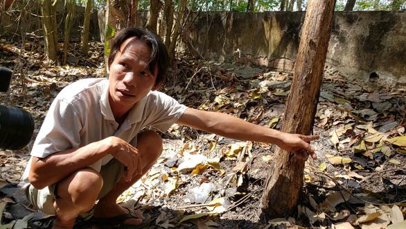 Vụ 9 bộ hài cốt ở Tây Ninh: Người chồng từng làm nghề bốc mộ, người vợ trách cháu sao phát hiện sọ người mà không báo với mình - Ảnh 2