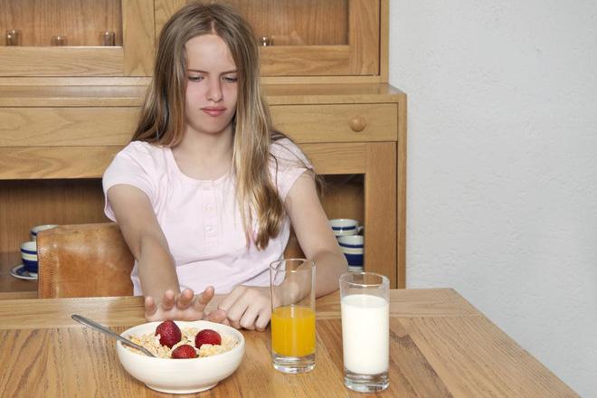 Ăn kiêng không đúng cách khiến bạn gặp phải hàng loạt vấn đề sức khỏe tai hại - Ảnh 4