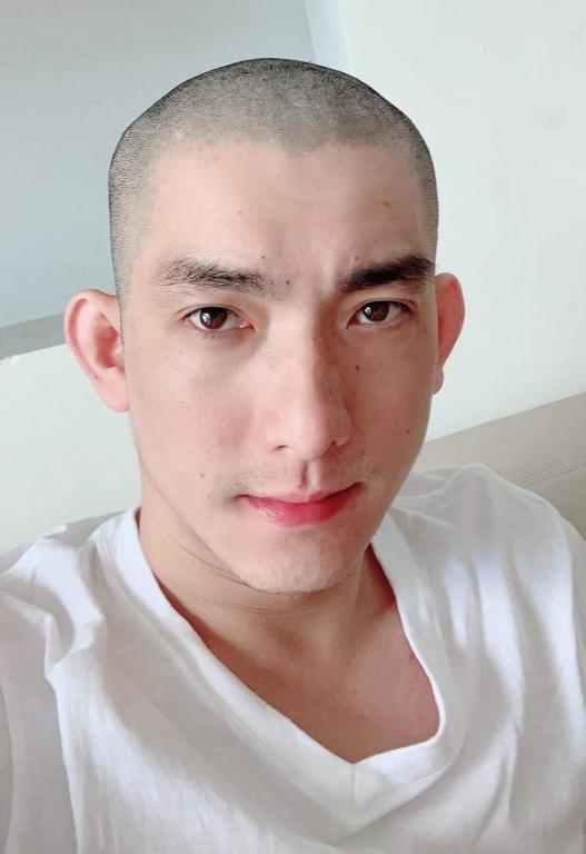 Chồng cũ vỡ nợ, cạo đầu tự tử, Phi Thanh Vân phản ứng khó tin - Ảnh 1