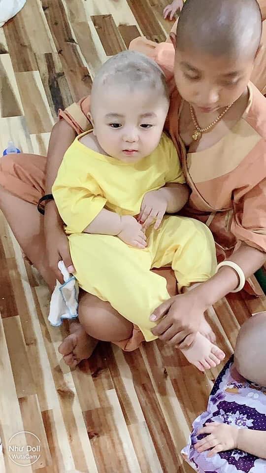 Hé lộ hình ảnh mới của Đức Lộc: Nếu không mắc căn bệnh quái ác, cuộc đời bé sẽ hạnh phúc biết bao - Ảnh 2