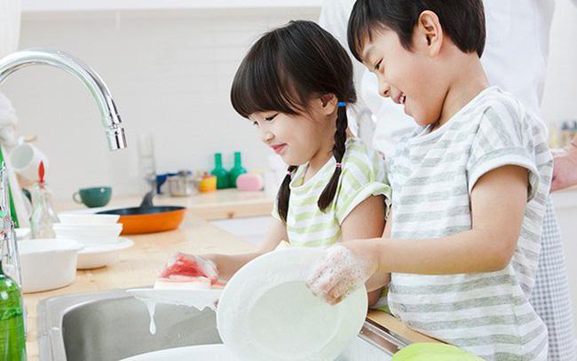 Muốn con trưởng thành hơn và luôn luôn hạnh phúc, cha mẹ hãy dạy con những kỹ năng cơ bản này ngay từ tấm bé - Ảnh 6