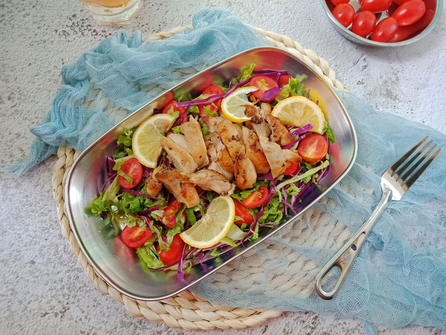 Bữa trưa tôi chỉ cần món salad này là đủ no đến chiều mà lại cực ngon - Ảnh 5