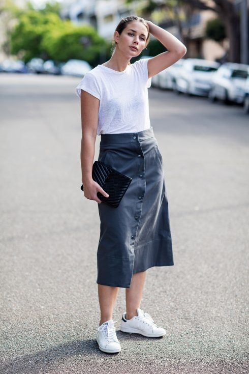 Biến hóa với trang phục cơ bản: Đơn giản vẫn đẹp cùng áo thun - Ảnh 11