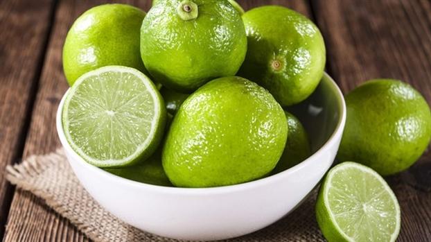 Chăm sóc da ngày nắng với công thức từ vỏ chuối - Ảnh 6